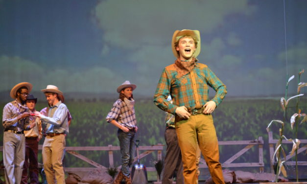 """REVIEW: """"Oklahoma"""" Encapsulates Audience with Dazzling Performance"""